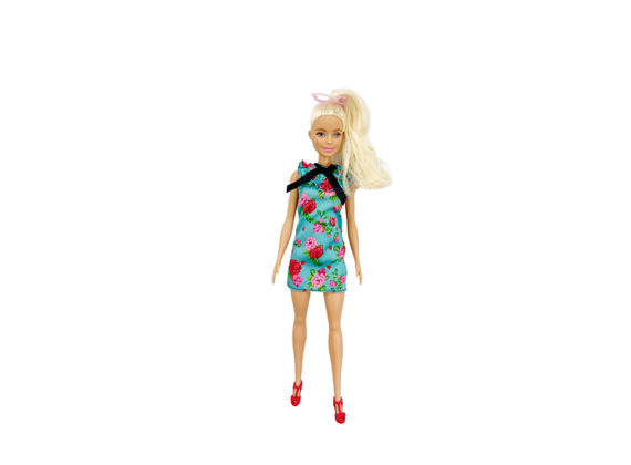 Mattel Barbie - Fashionistas doll, in light blue dress, with flowers